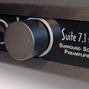 Suite71HD_front_schraeg_900px
